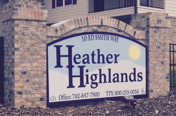 Heather-Highlands-Street-Sign